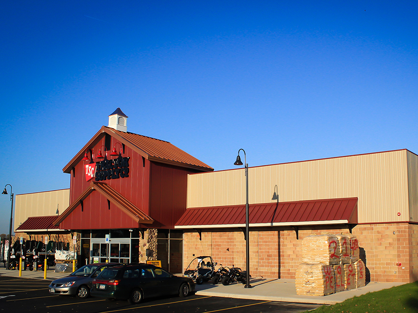 Tractor supply smith associates architecture architects for Architects rochester ny